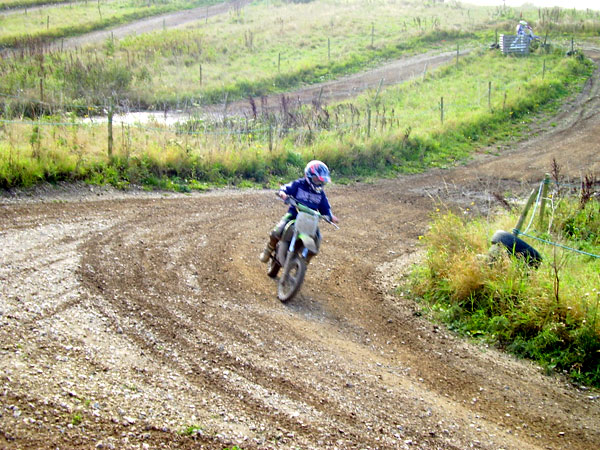MONCKTON-SHOOTING-GROUND-THE-MOTOCROSS-TRACK-7-10-07-4.JPG
