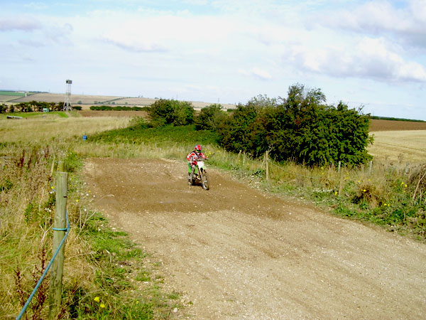 MONCKTON-SHOOTING-GROUND-THE-MOTOCROSS-TRACK-7-10-07-8.JPG