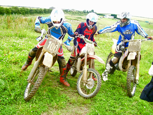 MONCKTON-SHOOTING-GROUND-THE-MOTOCROSS-TRACK-JUNIOR-AND-SENIOR-RIDERS-2.JPG