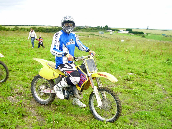 MONCKTON-SHOOTING-GROUND-THE-MOTOCROSS-TRACK-JUNIOR-RIDERS-16.JPG