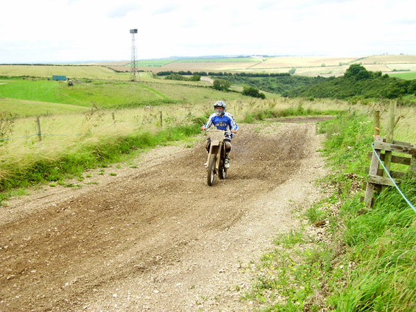 MONCKTON-SHOOTING-GROUND-THE-MOTOCROSS-TRACK-JUNIOR-RIDERS-18.JPG
