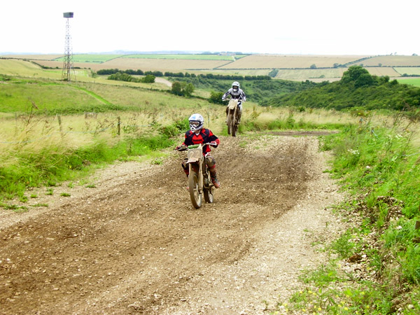 MONCKTON-SHOOTING-GROUND-THE-MOTOCROSS-TRACK-JUNIOR-RIDERS-19.JPG