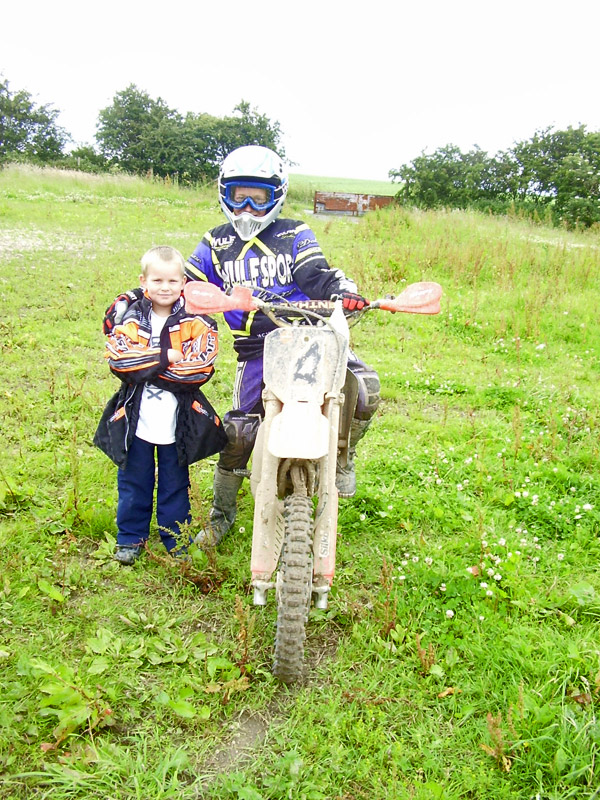 MONCKTON-SHOOTING-GROUND-THE-MOTOCROSS-TRACK-JUNIOR-RIDERS-9.JPG