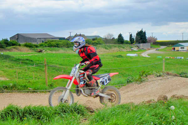 MONCKTON-SHOOTING-GROUND-THE-MOTOCROSS-TRACK-RIDER-PROFILES-CHARLOTTE-CRANE-1.JPG